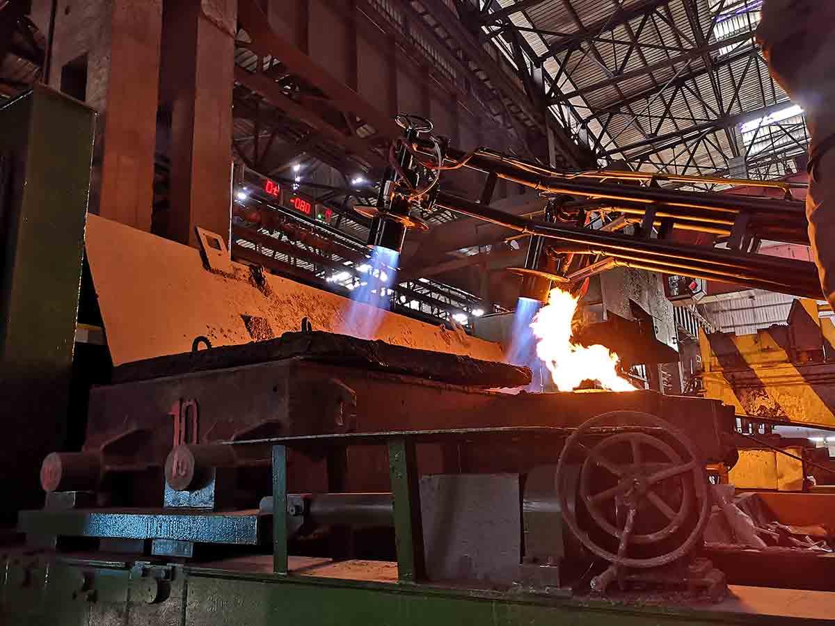 山西某钢厂高炉煤气-钢包烘烤器-电子点火、火焰检测-熄火保护报警控制--高能点火器、紫外线火焰检测器、熄火联控装置应用